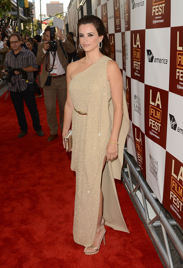 Penelope Cruz stepped onto the red carpet at the premiere of To Rome With Love in LA.