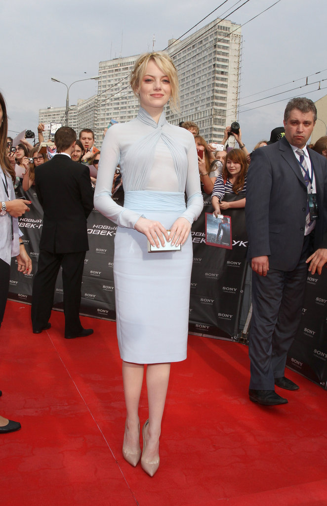 For the Moscow premiere, Emma chose a soft blue Emilio Pucci dress and nude Christian Louboutin pumps.
