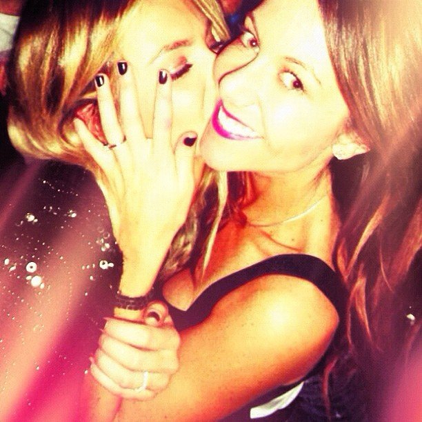 Jennifer Hawkins and her sister shared some sibling love. Source: Instagram user jenhawkins_