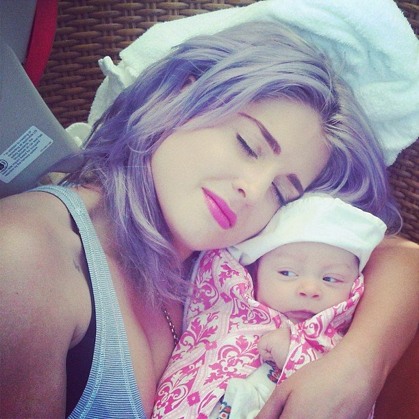 Kelly Osbourne shared a sweet snap of her baby niece, Pearl. Source: Instagram user kellyosbourne