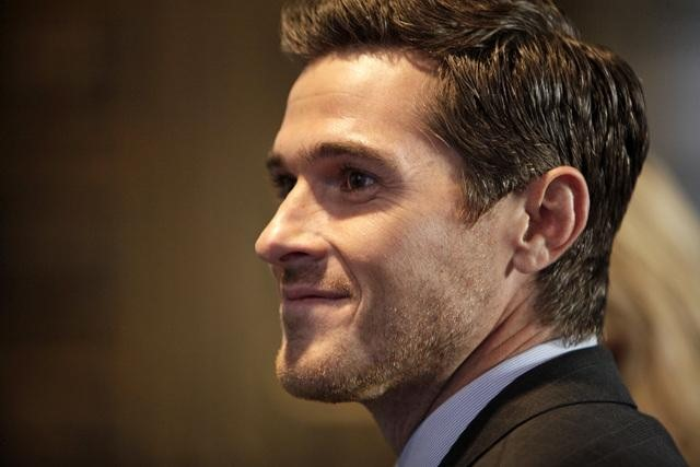 Dave Annable on 666 Park Avenue.