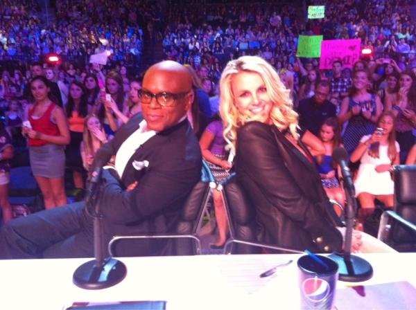 Britney Spears and L.A. Reid were two peas in a pod on the set of The X Factor. Source: Twitter user britneyspears