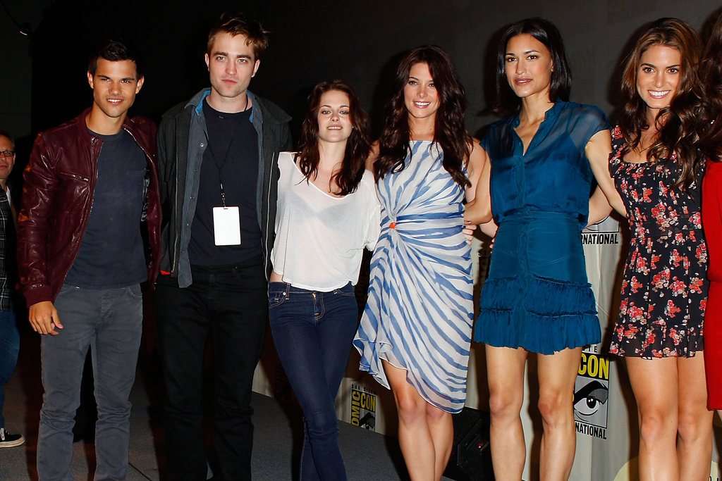 The cast squeezed in for a group photo in 2011.