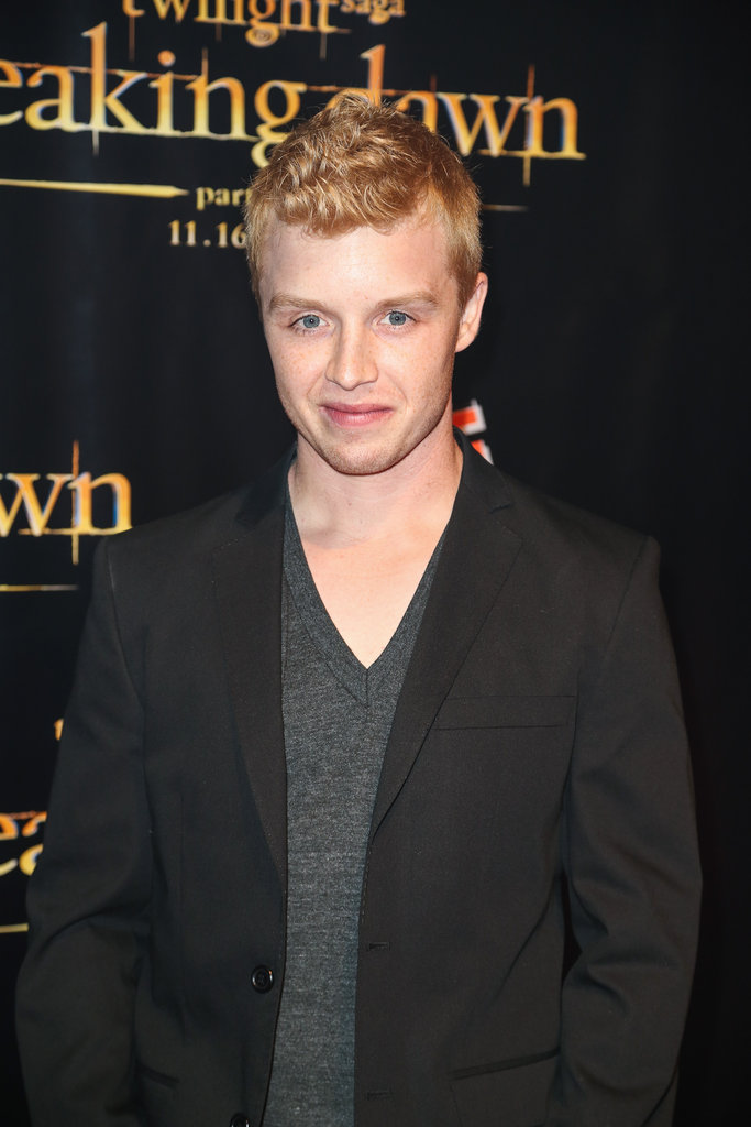 Noel Fisher posed at the Breaking Dawn Part 2 party at Comic-Con.