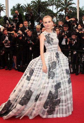 Diane attended this year's Cannes closing ceremony and the premiere of Thérèse Desqueyroux in a wildly voluminous Christian Dior Haute Couture ball gown. The black, white, and gray plaid confection had a structured bodice and was accompanied by a very Victorian-inspired bustle and train. She kept all eyes on the gorgeous gown by keeping her hair and makeup slightly subdued and accessorizing only with a pair of diamond earrings.