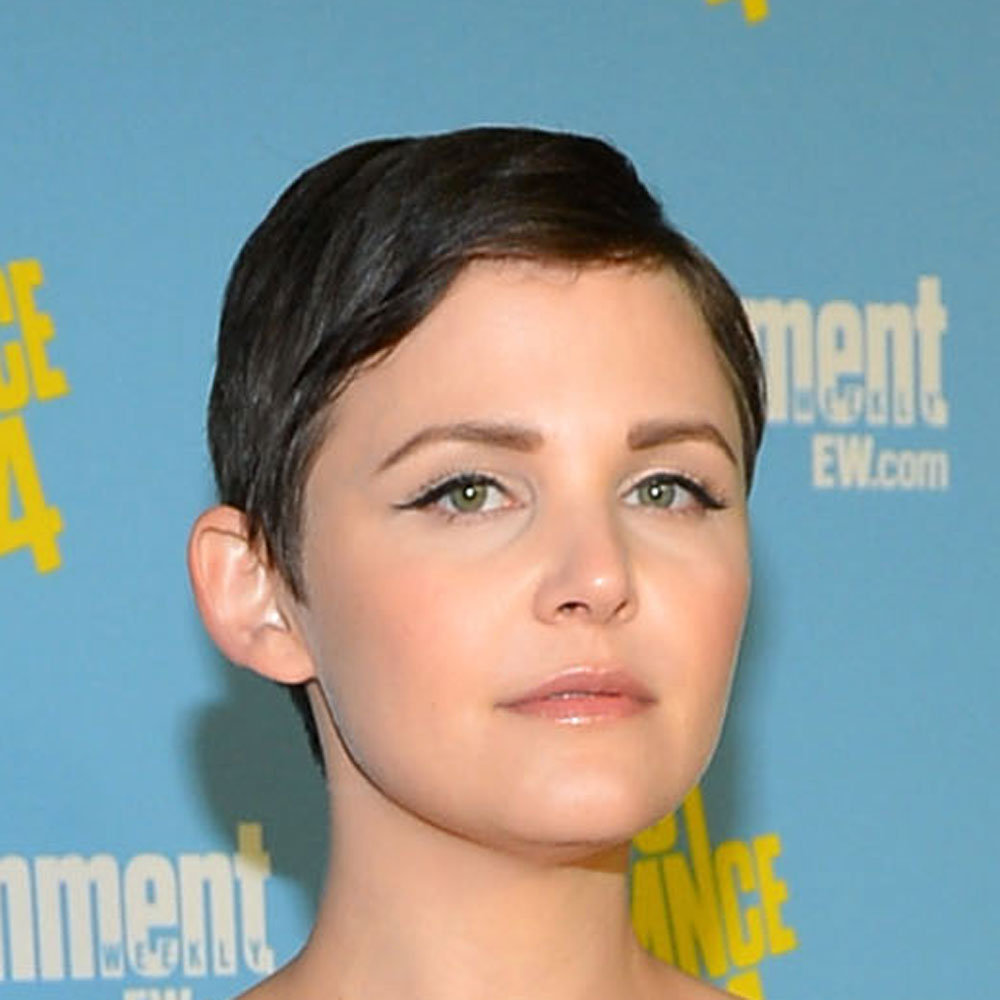 Ginnifer Goodwin's pixie cut and winged eyeliner looked really cute and polished.