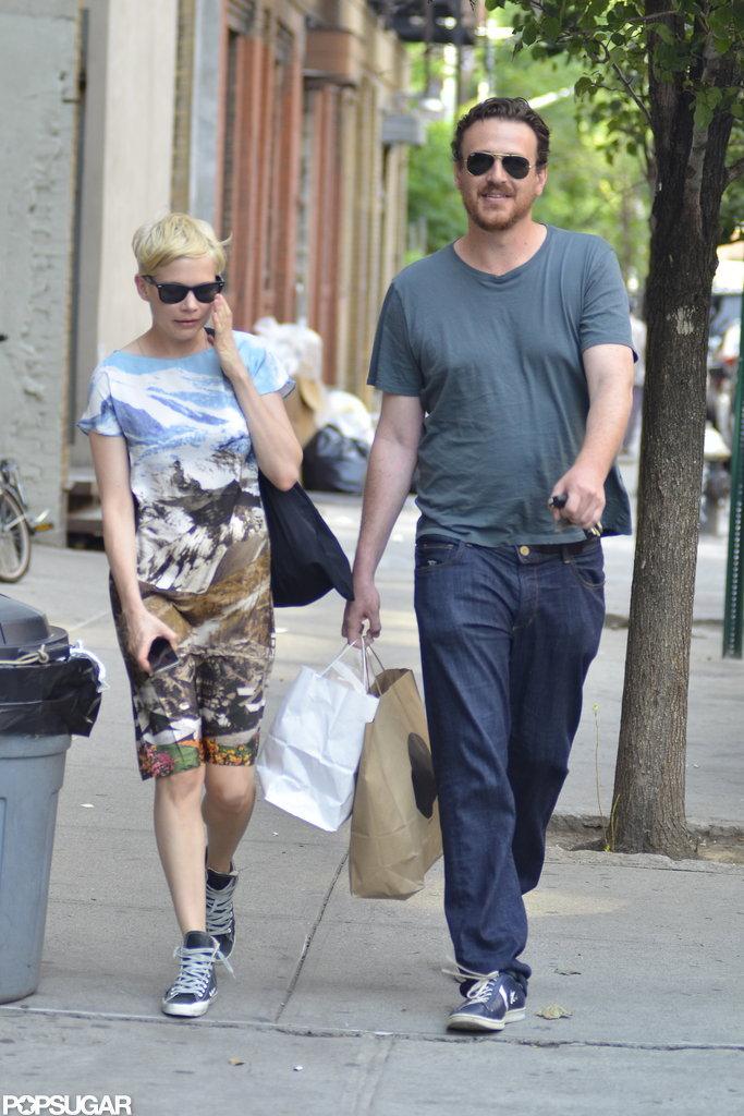 Michelle Williams shopping in Brooklyn with Jason Segel.