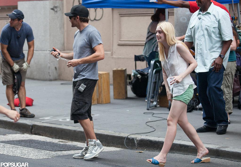Jake Gyllenhaal and Dakota Fanning rehearse before filming in NYC.