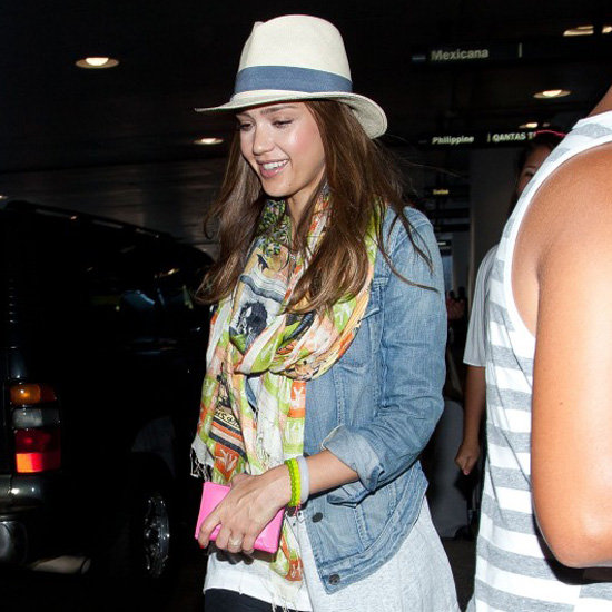 Jessica Alba Wearing a Fedora (Pictures)