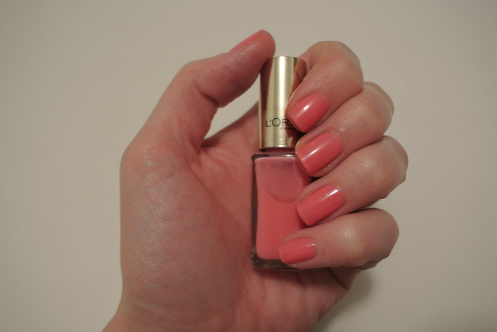 After applying base coat, I went for two coats of L'Oreal Paris Colour Riche Le Vernis in Ingenuous Rose. I let this dry for about 10 minutes.