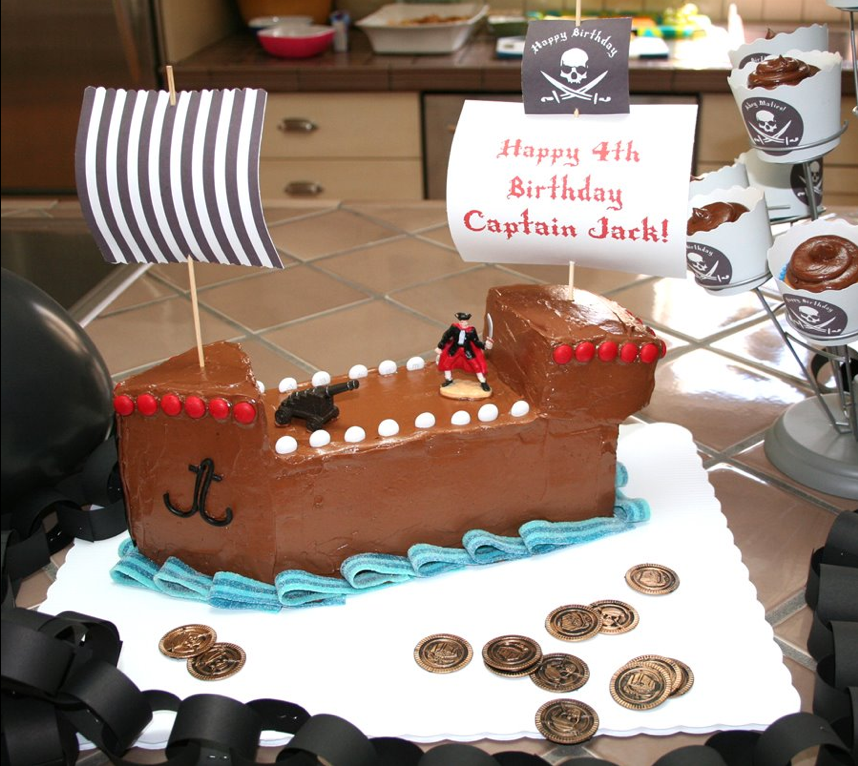 A Pirate Ship Cake to Inspire a Tiny Crew 65 of the Very ...