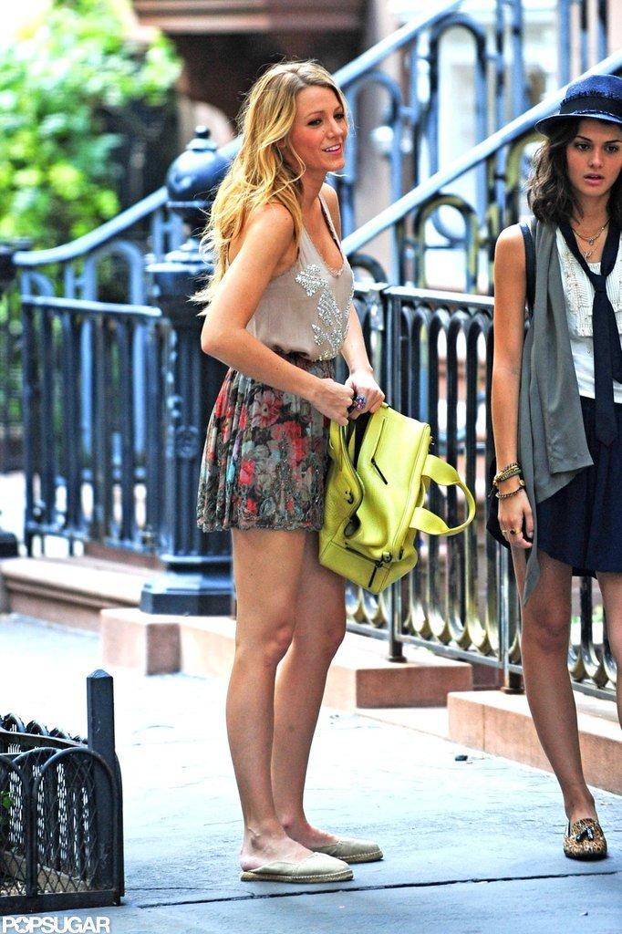 Blake Lively filmed a scene for Gossip Girl in NYC.