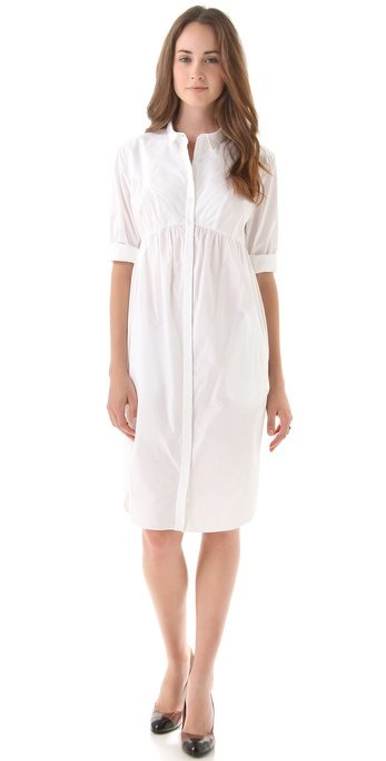 With a red ballet flat and a boxy black tote, this white shirtdress is the epitome of classic, effortless style. Twenty8Twelve Poplin Shirt Dress ($199)