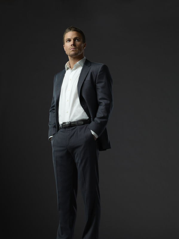 Stephen Amell plays Oliver Queen in Arrow.