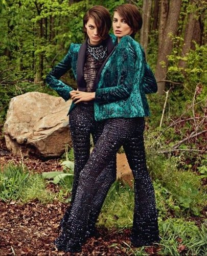 Daria models a Roberto Cavalli pantsuit (twice) with a whole lot of attitude.