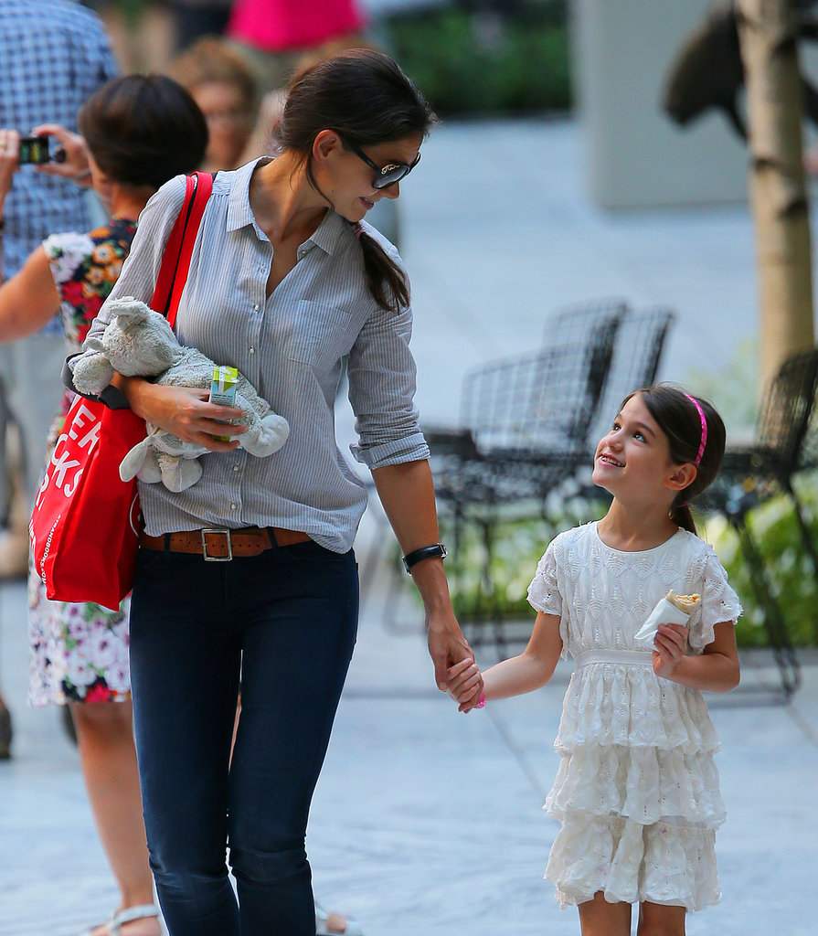 Katie Holmes and Suri Cruise Stop For a Snack at the MOMA in NYC