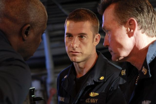 Andre Braugher, Scott Speedman, and Robert Patrick in Last Resort.