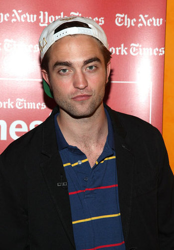 HQ Pics of Robert Pattinson at Times Q&A