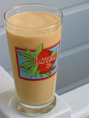 Mango-Yogurt Smoothie