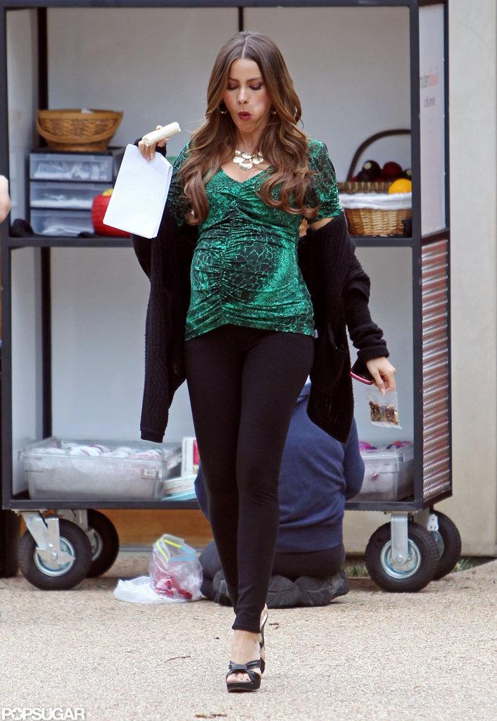 Sofia Vergara sported a fake belly on the Modern Family set.