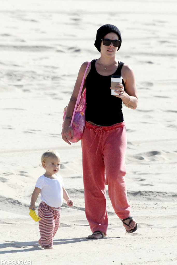 Pink took Willow to the beach in LA.
