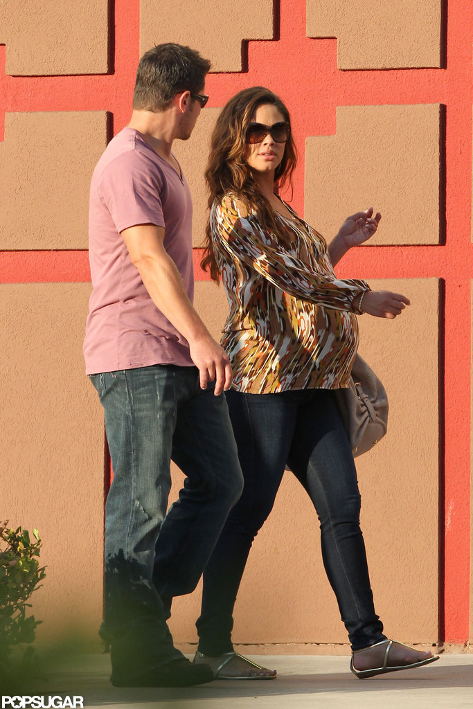 Nick Lachey and Vanessa Minnillo stepped out together.