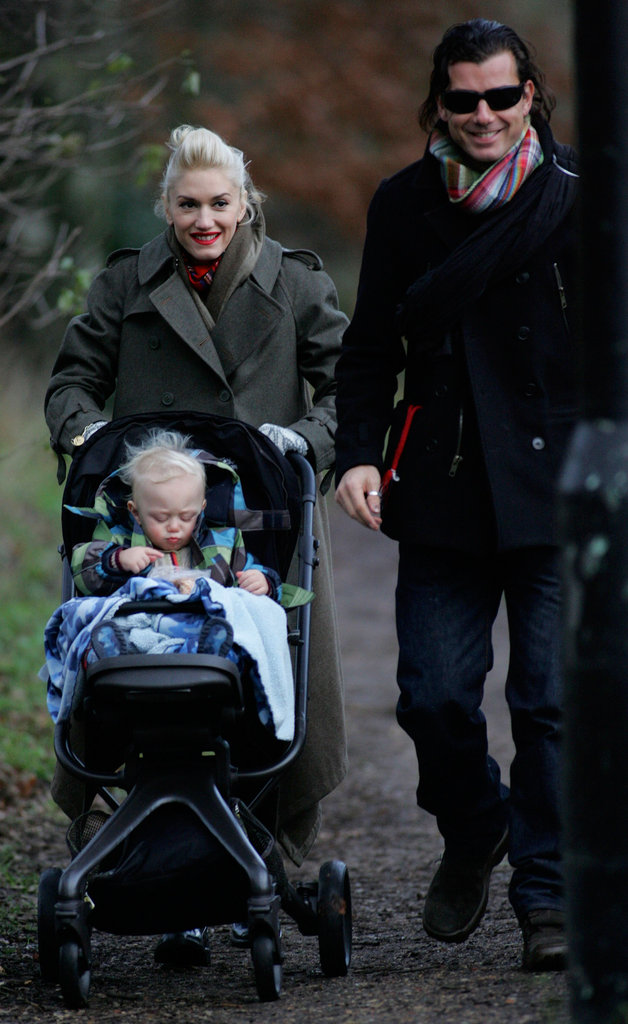 Gwen Stefani and Gavin Rossdale took a sweet stroll in London with Zuma in December 2009.