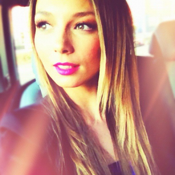 Ricki-Lee looked super pretty as she headed to Canberra. Source: Instagram user therickilee