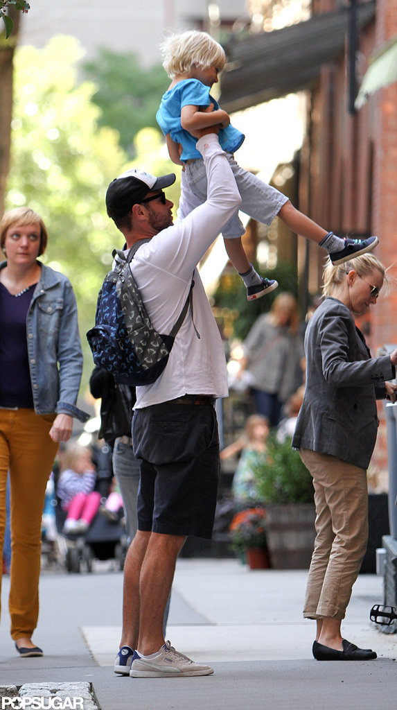 Liev Schreiber picked up his son Sasha before a bike ride around NYC.