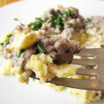 Creamy White Mushroom Scrambled Egg Recipe
