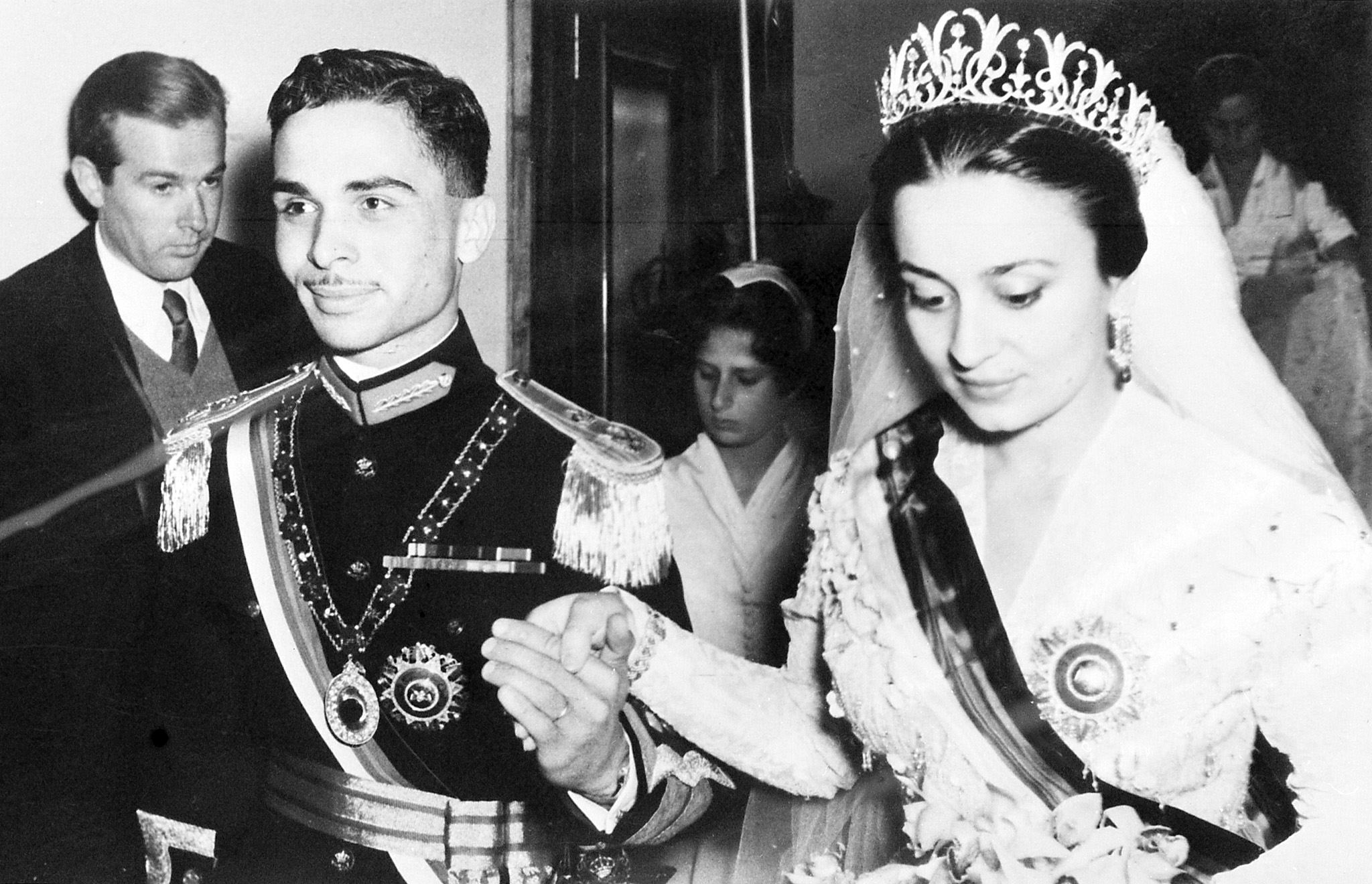 King-Hussein-Princess-Dina-Bride-Princess-Dina-daughter.jpg