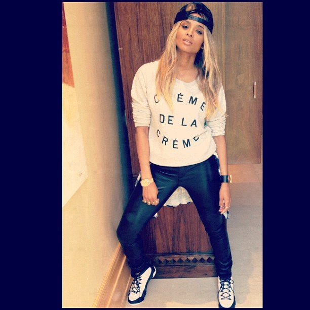 Ciara showed off a cute new sweatshirt. Source: Instagram user ciara
