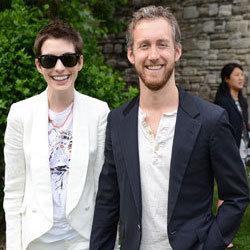Anne Hathaway Marries Adam Shulman in Big Sur