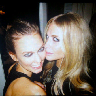 Karlie Kloss was too delicious for Poppy Delevingne to resist. Source: Twitter user DelevingnePoppy