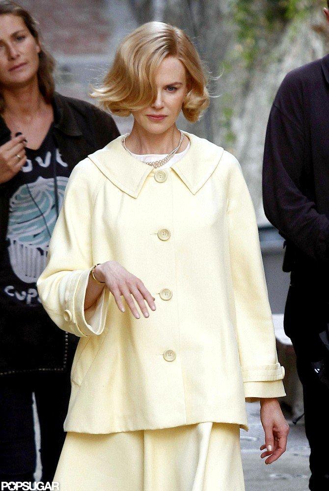 Nicole Kidman got into character as Grace Kelly on set in France.