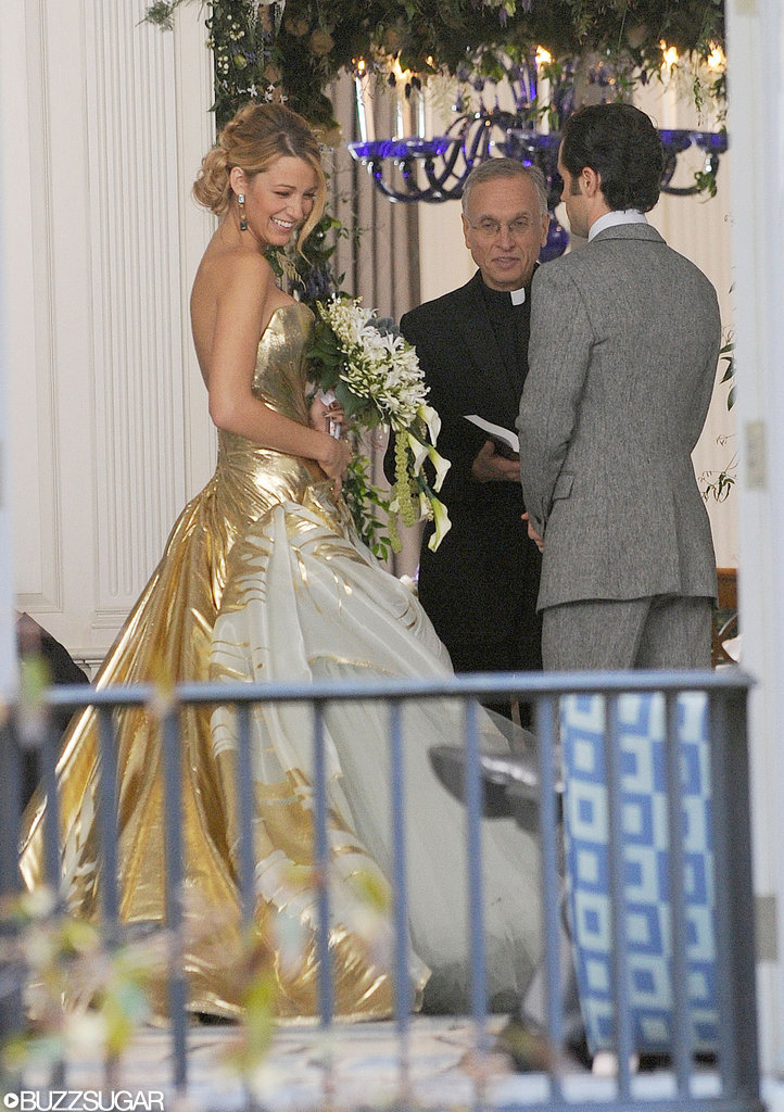 Movies tv music see pictures from yet another gossip for Georges chakra gold wedding dress price