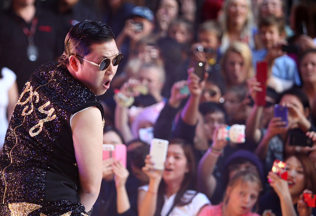"The 10 Best Photos From PSY's ""Gangnam Style"" Sunrise Performance"