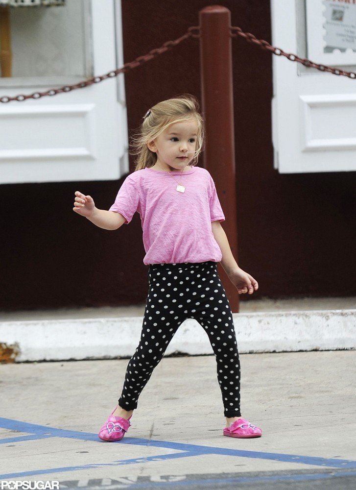Seraphina Affleck wore polka-dot pants and a pink shirt for a coffee stop with mom Jennifer Garner.