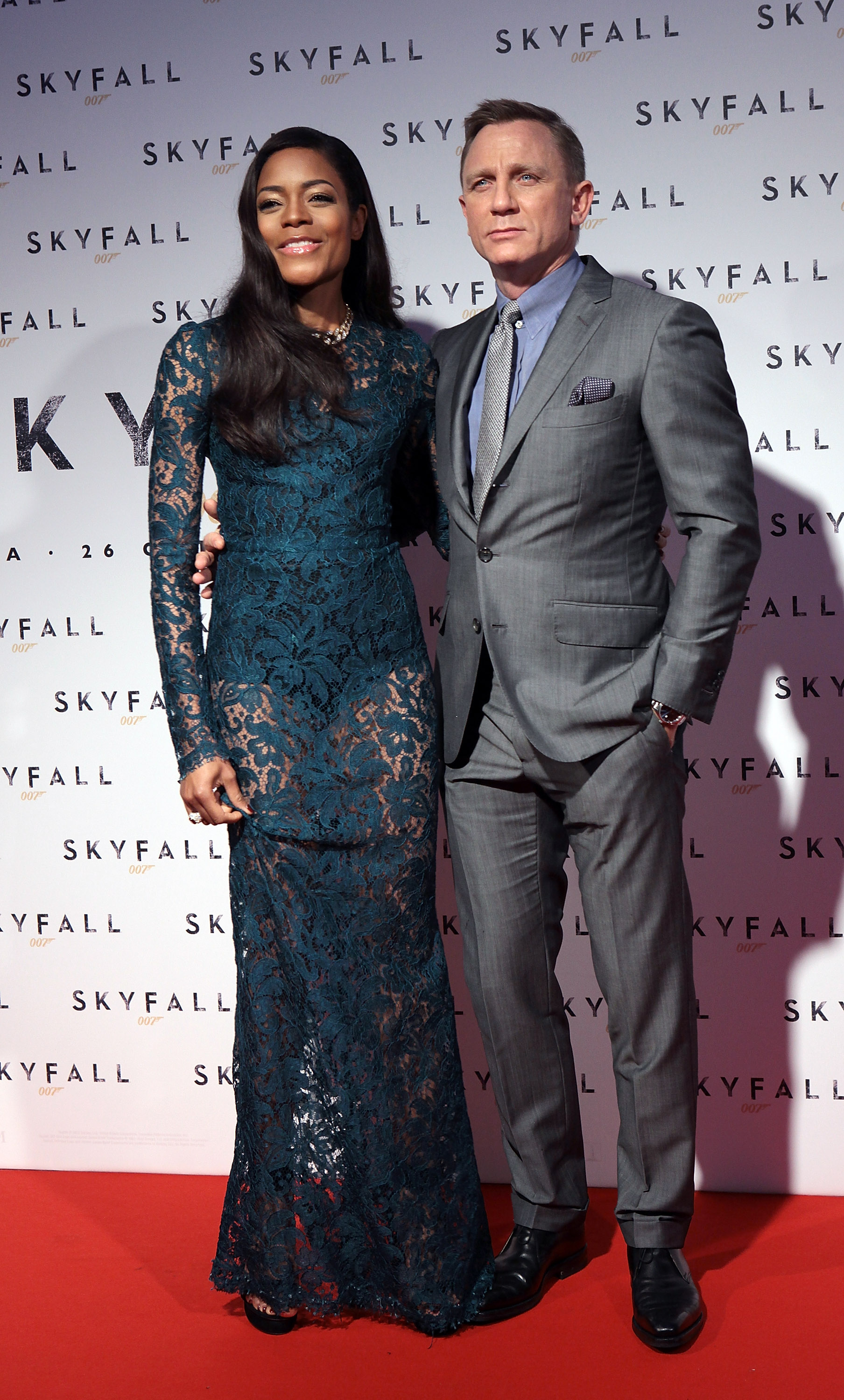 Daniel Craig and Naomie Harris posed side by side on the red carpet.