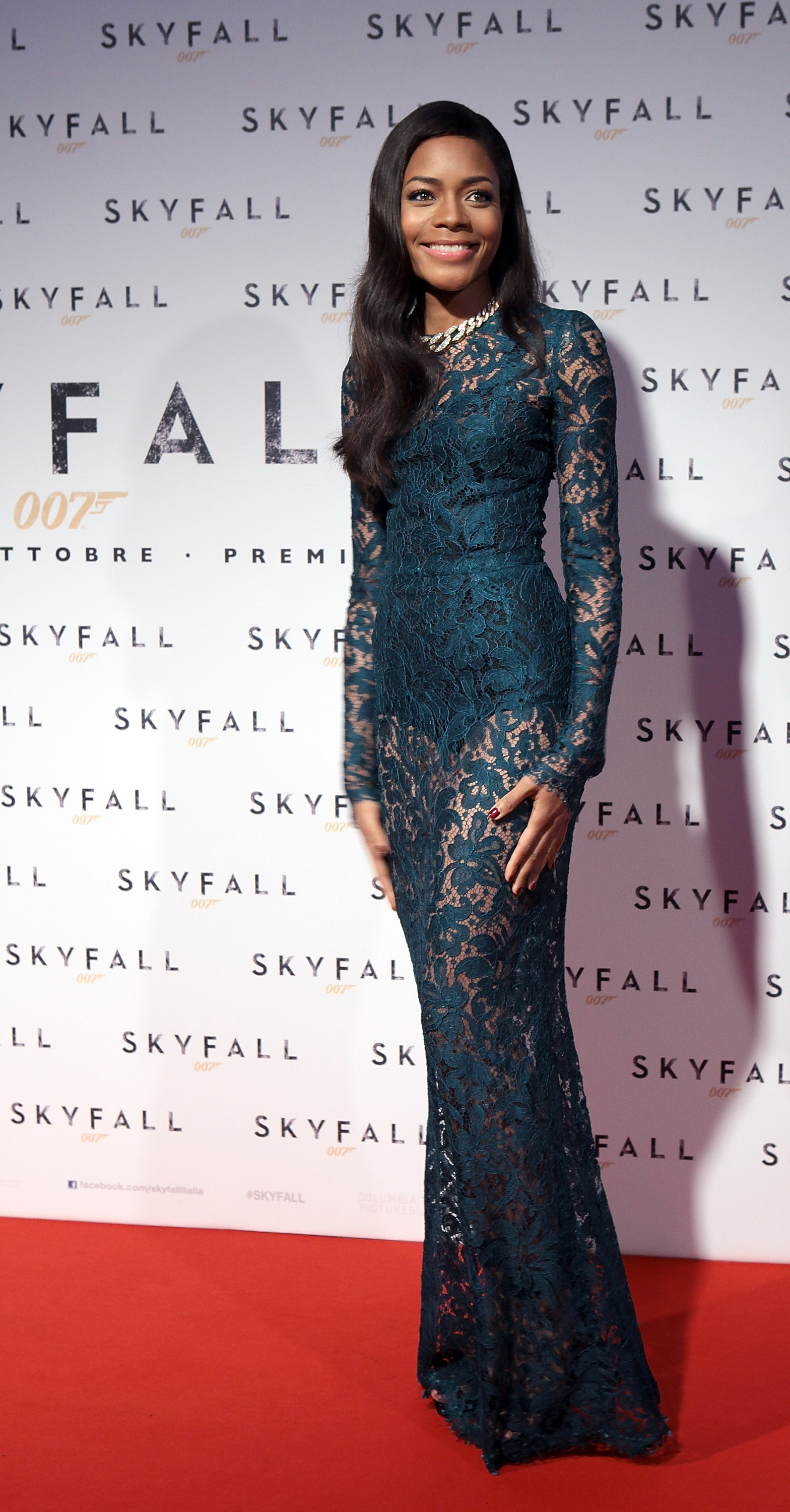 Naomie Harris showed off her figure in a lace dress.