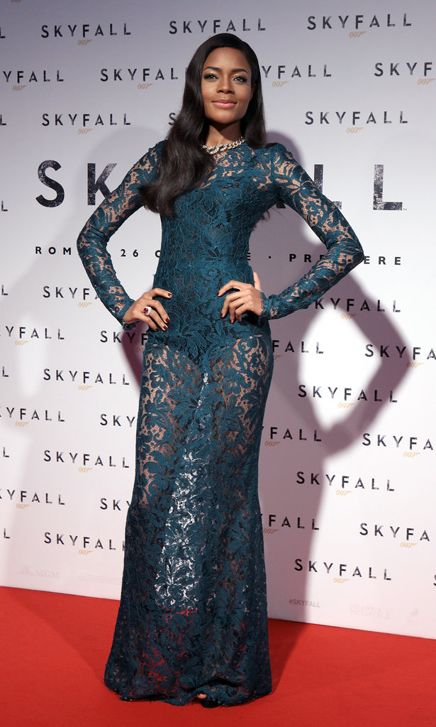 Naomie Harris showed some leg in a lacy teal dress.