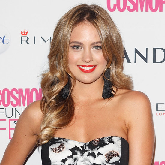 Jesinta shows us how an orange-red lip is done in September 2012.