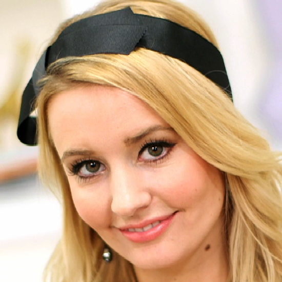 It's Easy to Make Your Own Louis Vuitton-Inspired Headband