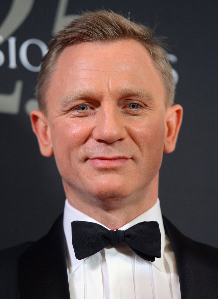 Daniel Craig pulled off a bow tie at the awards.