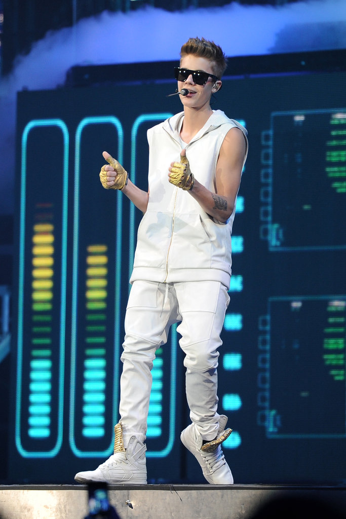 Justin Bieber gave the thumbs-up on stage.