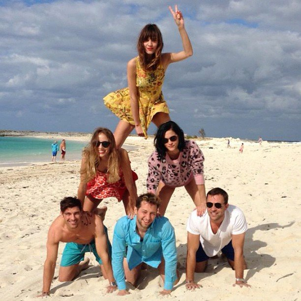 Alexa Chung, Harley Viera-Newton, Derek Blasberg, and Leigh Lezark formed a human pyramid on the beach during a trip to the Bahamas. Source: Instagram user harleyvnewton