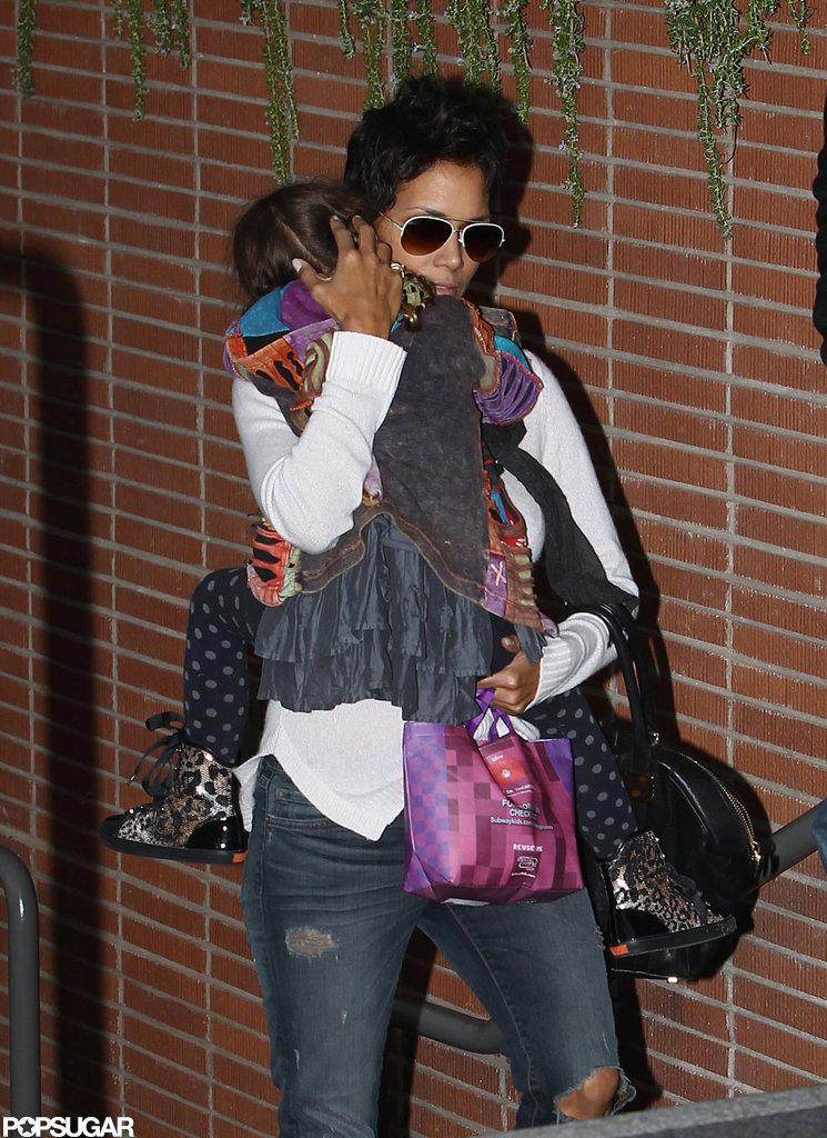 Nahla Aubry held onto mom Halle Berry.
