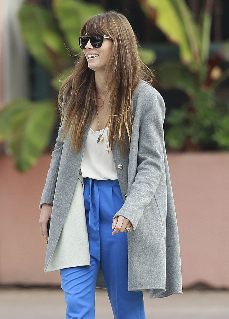 Jessica Biel smiled on her way to her car.