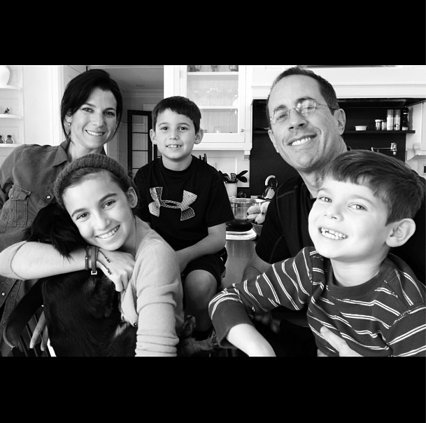The entire Seinfeld family — Jessica, Jerry, Sascha, Julian, and Shep — wished friends and fans a happy Thanksgiving. Source: Instagram user jessseinfeld