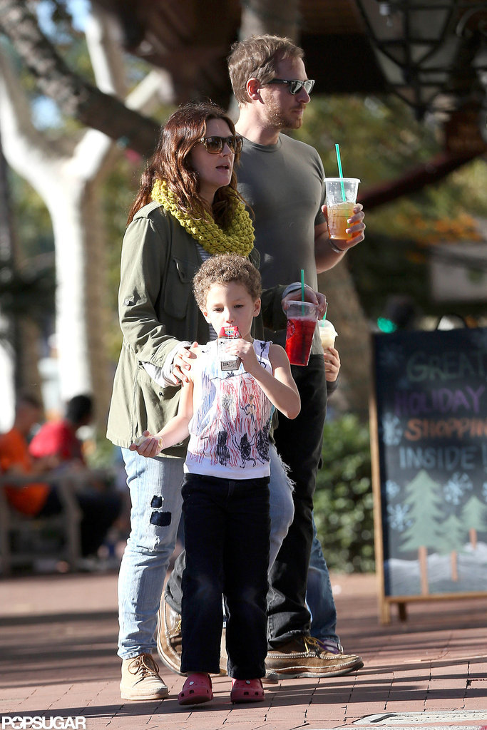 Drew Barrymore and Will Kopelman went shopping in Santa Monica.